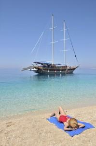 Relaxin on beach