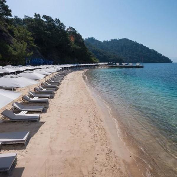 D Resort 2