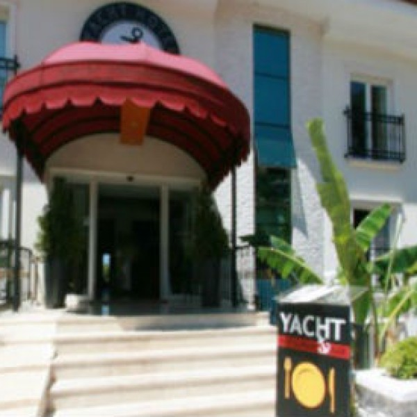 Yacht Boutique Hotel 1